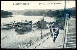 Cpa Du 92 Saint Cloud -- Débarcadère Des Bateaux    SEP17-51 - Saint Cloud