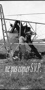Guerre 14-18 AVIATION DEMONTAGE D'UN APPAREIL VOISIN Négatif Pris Par Militaire Escadrille VB 110  MONTDIDIER 1915 - 1914-18