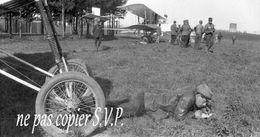 Guerre 14-18 AVIATION CORRESPONDANCE DU MECANO VOISIN Négatif Pris Par Militaire Escadrille VB 110  MONTDIDIER 1915 - 1914-18