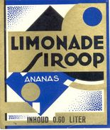 1527 - Pays Bas - Limonade Siroop  - Ananas - Inhoud 0.60 Liter - Etiquettes