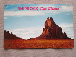 Shiprock, New Mexico. Lifting Its Bulk From The Flat Horizon In Lines As Vertical As A Penthouse Skyscraper's Majestic.. - Etats-Unis