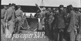 Guerre 14-18 AVIATION ATTERRISSAGE ET CASSE D UN MORANE Négatif  Militaire Escadrille VB 110 Aerodrome CROISETTE 1915 - 1914-18