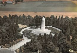 Langemark Canadees Monument - Langemark-Poelkapelle
