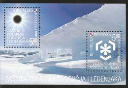 J) 2009 REPUBLIC OF CROATIA, PROTECTION OF POLAR AREAS OF LIGHT, SOUVENIR SHEET, MNH - Croatia