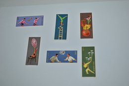6 Timbres Chine Neufs Jongleurs Acrobates 1974 - China