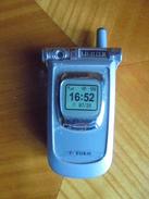Ancien Briquet à Gaz - Fantaisie Imitation Téléphone Portable - Altri
