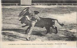 Courses De Taureaux - Una Veronia De Fuentès - Passe De Cape - Corrida