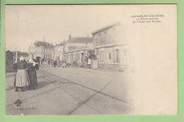 Les Sables D'Olonne : La Poissonnerie Et L'Hôtel Des Postes. Dos Simple. 2 Scans. Edition Marsault - Sables D'Olonne