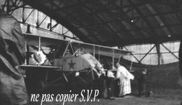 Guerre 14-18 AVIATION LA MESSE DEVANT LES AVIONS Négatif  Militaire Escadrille VB 110 Aerodrome MALZEVILLE 1915 - 1914-18