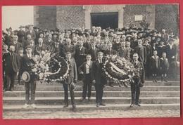 Commémoration Patriotique ... Sortie De L'Eglise ...  à Situer - Cartes Postales