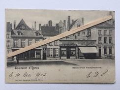 SOUVENIR D'YPRES»Maisons-Place Vandepeereboom»Animée,Café De L'Industrie,boucherie A.Ciller,Hotel Jules Burgho(1902) - Ieper
