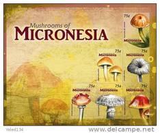 MICRONESIA  869  MINT NEVER HINGED MINI SHEET OF MUSHROOMS  # M-194   ( 1004 - Funghi