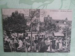 LE NEUBOURG MARCHE AUX VOLAILLES - Le Neubourg