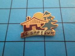 Pin414c Pin's Pins / Beau Et Rare / VILLES / LE BARBOUX CHALET SAPIN SOLEIL MONTAGNE - Cities