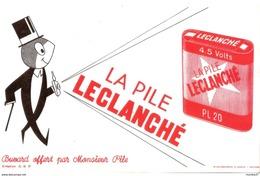 Buvard Publicité Pile Leclanché Bonhomme Noir - Electricity & Gas