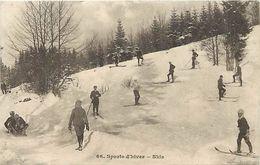 Themes Div -ref U724- Sports D Hiver - Ski - Skieurs - Skis - Carte Bon Etat  - - Sports D'hiver