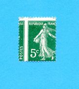 Variété Semeuse - N°137:  5c Vert - Type I: Piquage à Cheval - Errors & Oddities