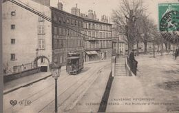 Clermont-ferrand. Rue Montlosier Et Place D'espagne - Clermont Ferrand