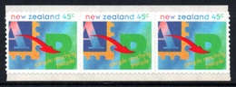 """NEW ZEALAND 1994 Definitives/""""People Reaching People"""": Strip Of 3 S/ADH Stamps UM/MNH - New Zealand"""