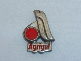 Pin's PINGOUIN AGRIGEL - Tiere