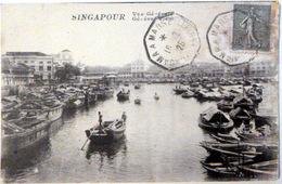 SINGAPOURE SINGAPORE  VUE GENERALE LEGERE DECOLORATION AU DOS - Singapore