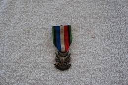 Médaille Commémorative Des Vétérans De  1870 - Avant 1871