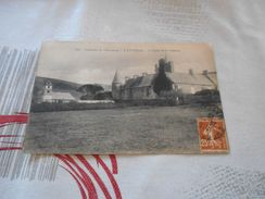 3855 - CPA, Environs De Cherbourg , VAUVILLE , L'Eglise Et Le Château - France