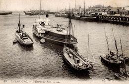 CPA Cherbourg L'entrée Du Port - Bateaux