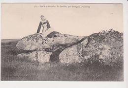 26309 Roc'h Ar Gaulois -la Feuillée Près Huelgoat -355 Joncourt -costume Breton Dolmen - Huelgoat