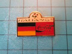 Pin413a Pin's Pins / COCA-COLA MONDIAL FOOT 1990 DRAPEAU ALLEMAGNE , Belle Qualité !!! - Coca-Cola