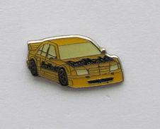 1 Pin's AUTOMOBILE MERCEDES - PROMARKT - Mercedes