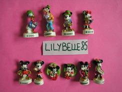 Série Complète De 10 Feves Disney En Porcelaine - JOUR DE FETE CHEZ MICKEY - 2008 ( Feve NOEL ) - Disney