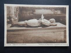 CPA - (93) - ABBAYE DE SAINT DENIS - TOMBEAU DE DUGUESCLIN - CONNETABLE DE FRANCE - R8096 - Saint Denis