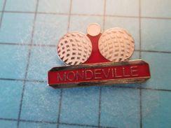 Pin413a Pin's Pins / SPORT Pétanque RARE CLUB MONDEVILLE CALVADOS   , Belle Qualité !!!    Marquage Au Dos : ---- - Bowls - Pétanque