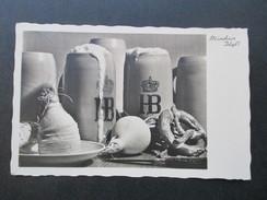 AK / Echtfoto Ca. 1935 München Hofbräuhaus Am Platzl. Bierkrüge Mit Brezel Und Rettich - Hotels & Gaststätten