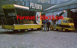 Reproduction D'une Photographie D'un Camion Publicitaire Pelforth La Bière Brune De France - Reproductions