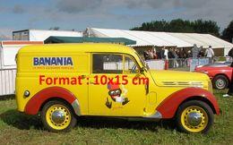 Reproduction D'une Photographie D'une Camionnette Publicitaire Banania Le Petit Déjeuner Familiale - Reproductions