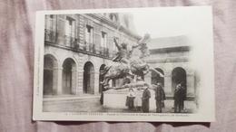 63, CLERMONT FERRAND, FACADE DE L'UNIVERSITE ET STATUE DE VERCINGETORIX - Clermont Ferrand