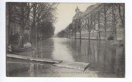 CPA Paris 8 Paris Inondé 1910 Avenue D'Antin Derrière Le Grand Palais N° 56 Noyer - Inondations De 1910