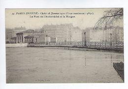 CPA Paris 4 Paris Inondé 1910 Le Pont De L'Archevêché Et La Morgue N° 35 Noyer - Inondations De 1910