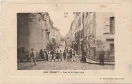 G122 - 83 - SOLLIES-PONT- Var - Rue De La République - Sollies Pont