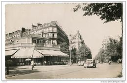 Paris Carrefour Avenue Henri Martin Et Boulevard Flandrin - France