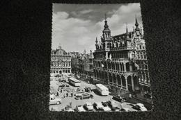 128- Brussel/Bruxelles, Grote Markt - 1965 / Auto's / Bussen - Markten