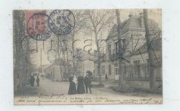Brécy (18) : La Perspective De La Rue Prise De La Mairie  En 1904 (animé) PF - Autres Communes