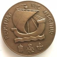 Médaille Bronze. Ville De Paris. Flucctuat Nec Mergiture. Delannoy. 1987.  50mm - 72 Gr - Professionnels / De Société