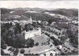 53. Gf. VOLLORE-VILLE. Vue Aérienne Sur Le Château... 214-58 - Autres Communes