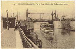 BRUXELLES - LAEKEN - Pont Du Canal Et Embarcadère Des Bâteaux De Plaisence - Laeken