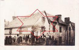 """Photo 1919 QUIMPERLE - Un Magasin, """"Marechalere Ph. Pocher"""", Habit, Costume (A182, Ww1, Wk 1) - Quimperlé"""