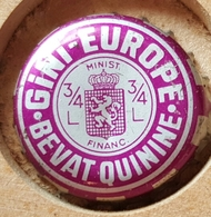 Vieille Capsules Kroonkurk GINI EUROPE - Soda