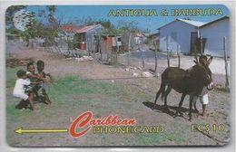 ANTIGUA & BARBUDA - KIDS AT PLAY - 17CATA - Antigua And Barbuda